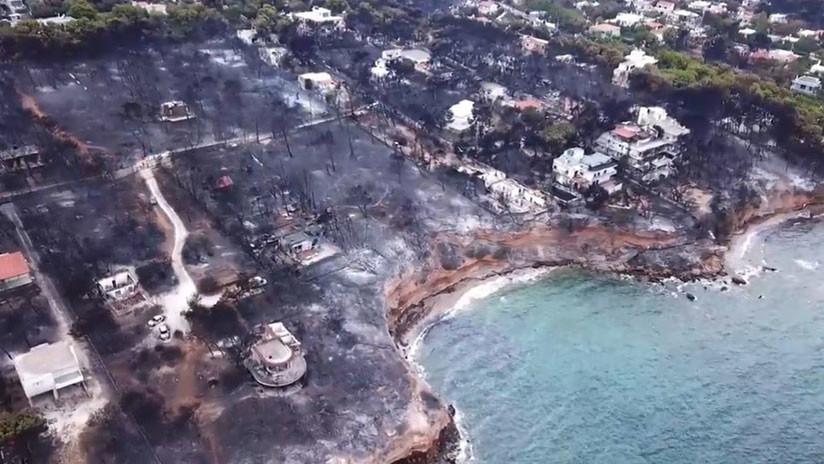 La devastación de los incendios en Grecia, vista desde un dron (VIDEO, FOTOS)
