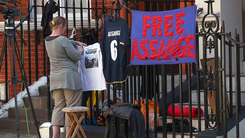 """Enjuiciar a Assangesería un pasohacia """"la edad oscura de la ignorancia"""""""