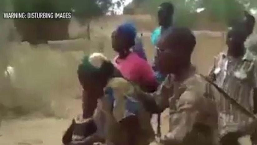 FUERTES IMÁGENES: Soldados de Camerún asesinan a sangre fría a mujeres y niños (18+)