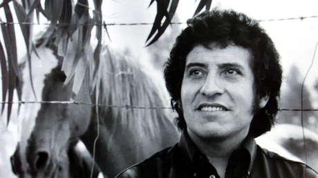 El cantante chileno Víctor Jara, torturado y asesinado durante la dictadura militar de Augusto Pinochet.