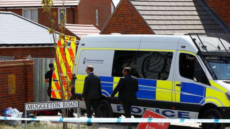Policías en el lugar del incidente en Amesbury, Reino Unido, el 6 de julio de 2018