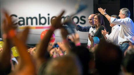 La gobernadora argentina María Eugenia Vidal, festejando su triunfo en las elecciones de 2015.