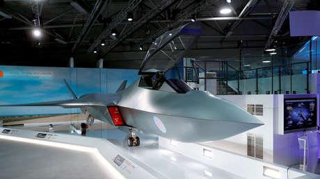Un modelo del caza a reacción Tempest, en el salón aeronáutico de Farnborough, Gran Bretaña, el 16 de julio de 2018.