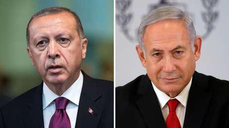A la izquierda de la imagen, el presidente de Turquía,  Recep Tayyip Erdogan. A la derecha, el primer ministro de Israel, Benjamín Netanyahu.