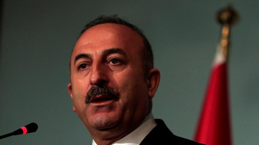 """Canciller turco: """"No dejaremos sin respuesta las sanciones de EE.UU. contra nuestros ministros"""""""