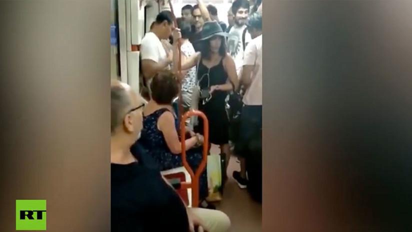 VIDEO: Indignación en el metro de Madrid por una mujer que no deja sentar a una niña latina