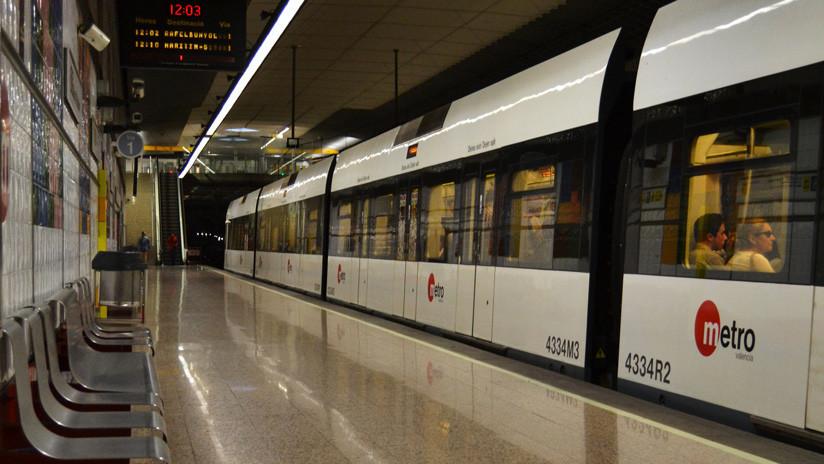 """¡Vamos a morir!"": Pánico en España por un grupo religioso que gritó proclamas en el metro (VIDEO)"