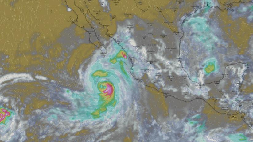 El huracán John sube a categoría 2 y absorbe la tormenta Ileana en el Pacífico