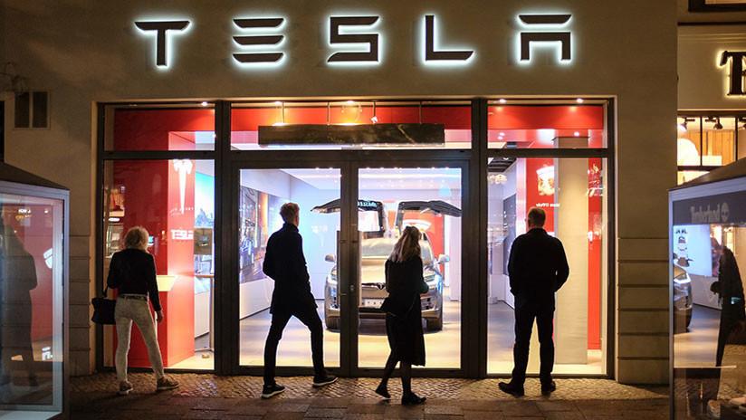"""""""El mercado no le cree"""": Elon Musk explica por qué quiere retirar a Tesla de la bolsa"""