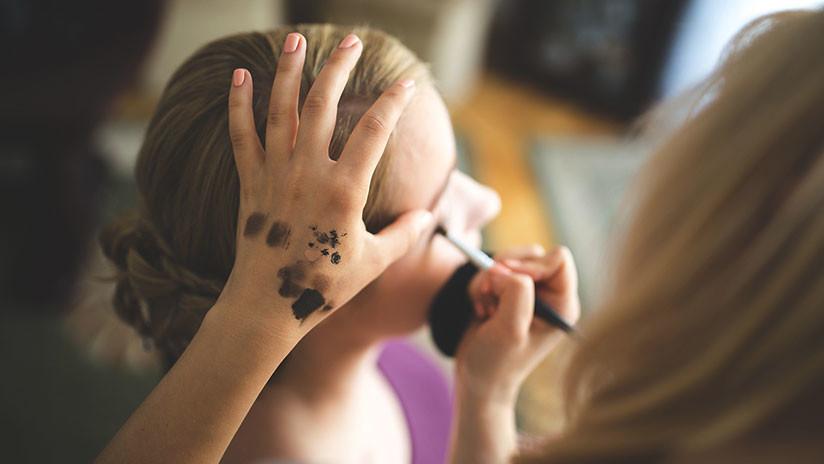 Se viraliza la foto policial de una joven y la Red le pide tutoriales de maquillaje (FOTO)