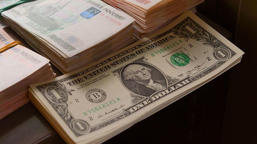 El rublo se desploma hasta los mínimos de dos años tras sanciones de EE.UU. por el caso Skripal