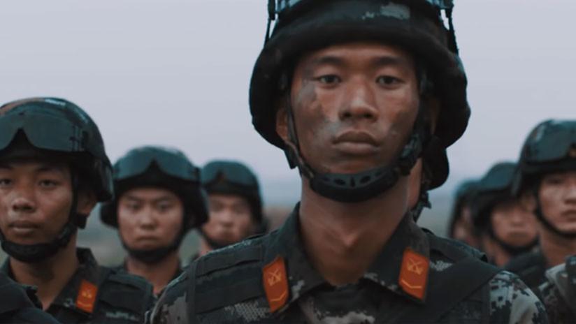 Como una película épica: Así recluta China a sus futuros soldados (VIDEO)