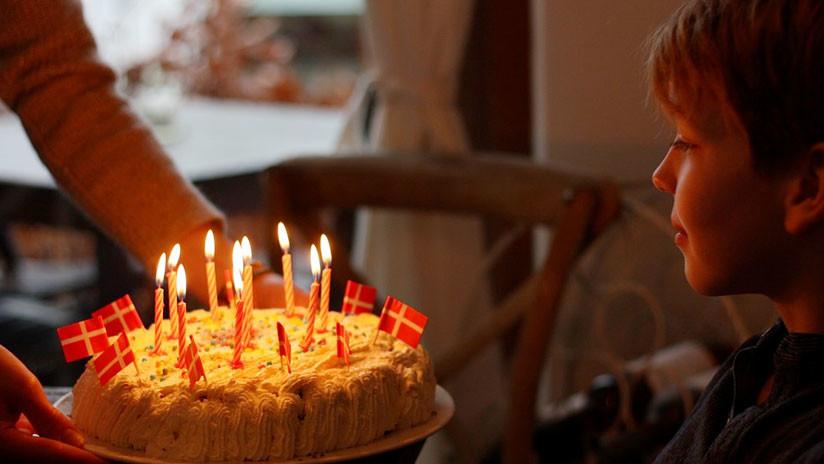 Chile: Un niño muerde con ganas su pastel y el cumpleaños casi acaba en tragedia (VIDEO)