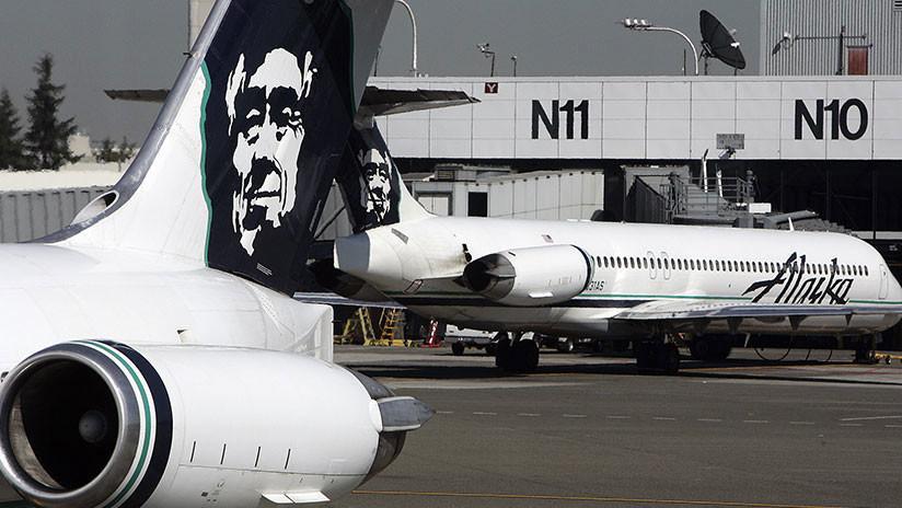 VIDEOS: El avión robado del aeropuerto de EE.UU. hace maniobras antes de estrellarse
