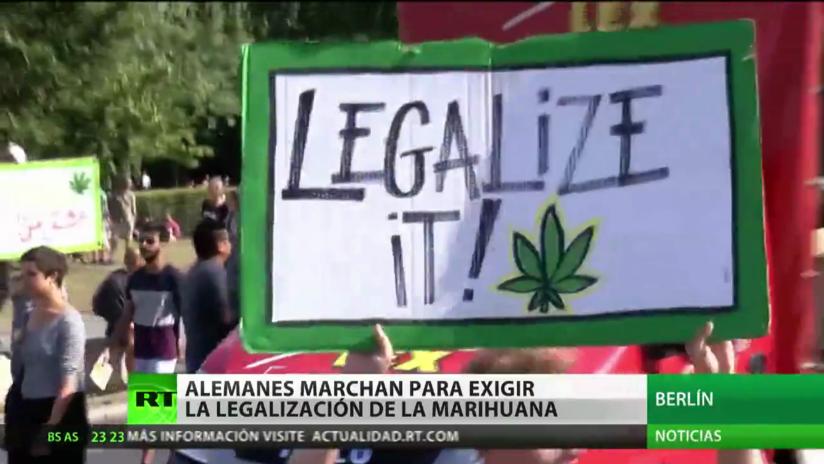 Miles de alemanes marchan para exigir la legalización de la marihuana
