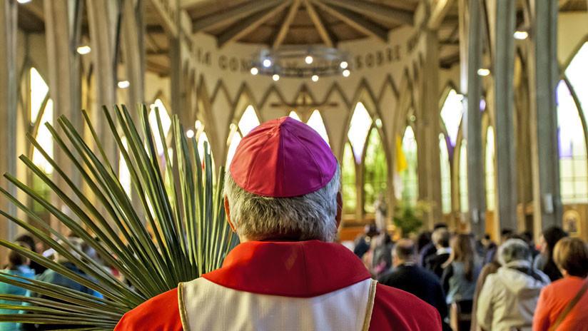 Acusan a más de 300 sacerdotes de abuso sexual durante 60 años