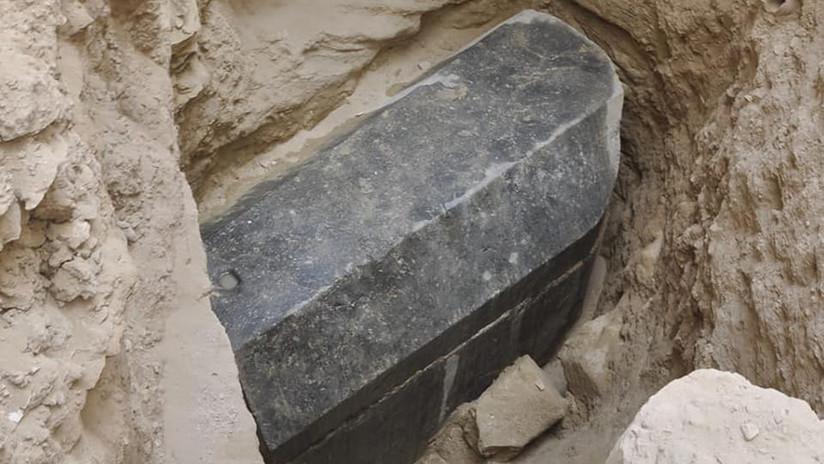 FOTOS: Revelan nuevos secretos del misterioso sarcófago negro de Alejandría