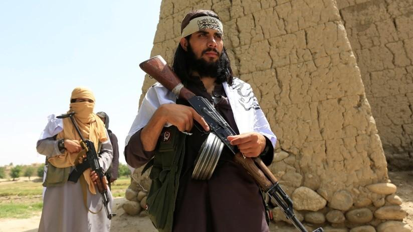 Afganistán: Talibanes toman a más de 100 rehenes en medio del alto al fuego acordado