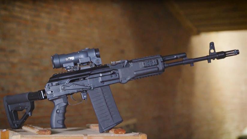VIDEO: Kaláshnikov presenta un fusil de asalto que dispara los mismos cartuchos que la OTAN