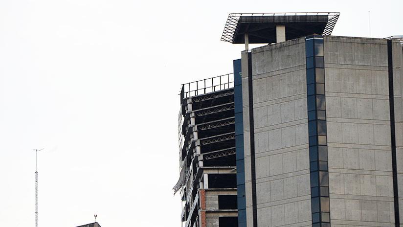 FOTO, VIDEO: Un rascacielos de Caracas se dobla durante el temblor