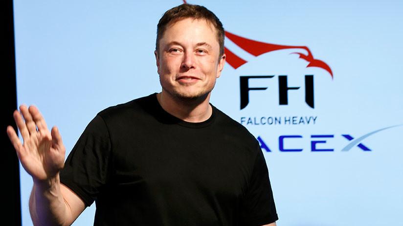 El fabricante de autos Tesla permanecerá en la bolsa, según Elon Musk