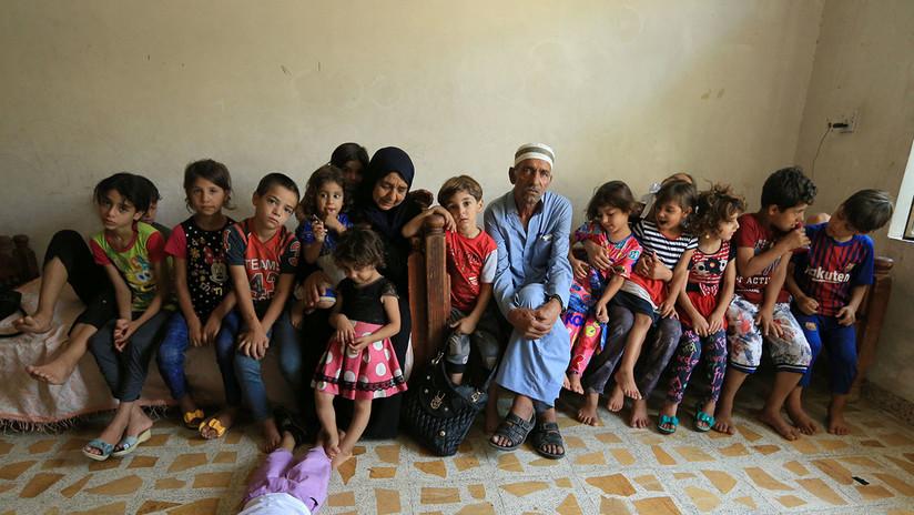 Una mujer iraquí cuida de 22 nietos después de que los yihadistas mataran a cinco de sus hijos