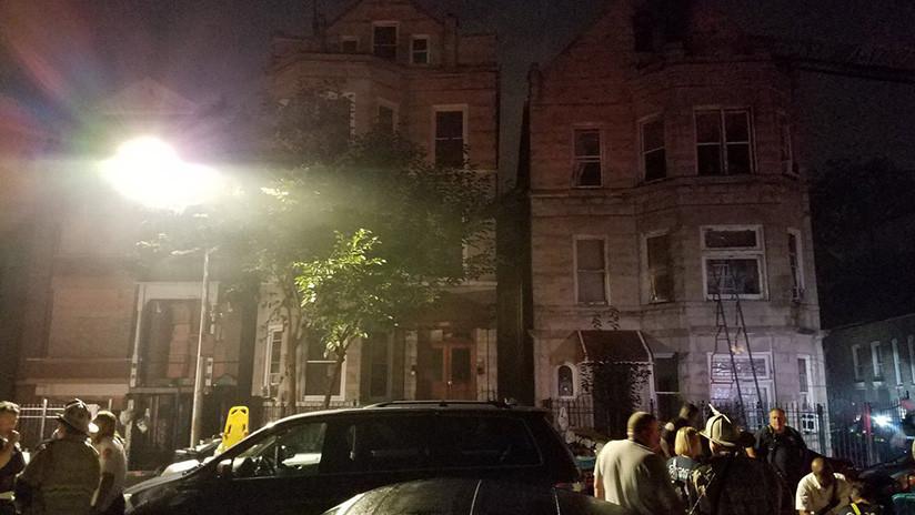 EE.UU.: Ocho muertos, entre ellos seis niños, en el incendio en un edificio de viviendas en Chicago