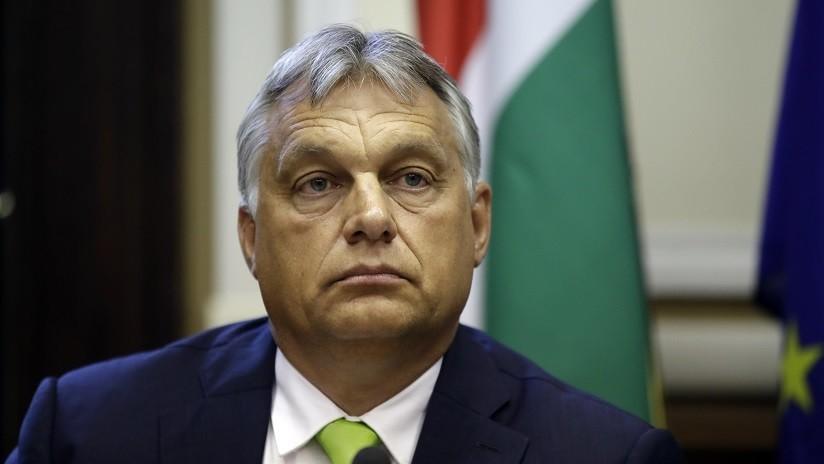 Primer ministro de Hungría exhorta a deportar a inmigrantes ilegales en vez de reubicarlos en Europa