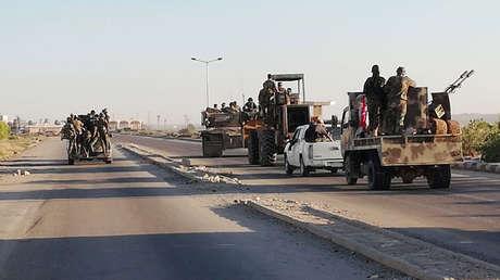 Fuerzas sirias en el paso de Nasib en la frontera con Jordania.