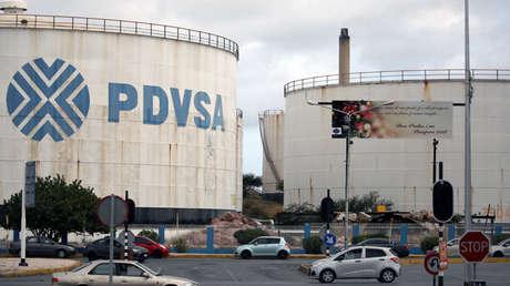 Tanque de PDVSA en la refinería Isla en Willemstad, en Curazao, el 22 de abril de 2018.