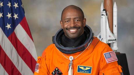 Leland D. Melvin.