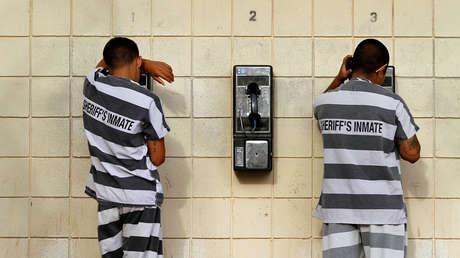 Reos de la prisión Tent City, Phoenix, EE.UU., 30 de julio de 2010