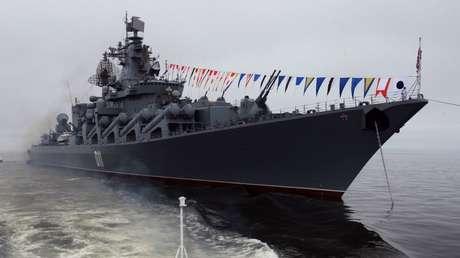 El crucero de misiles Variag, participante en los ejercicios de la Flota del Pacífico, el 29 de julio de 2018