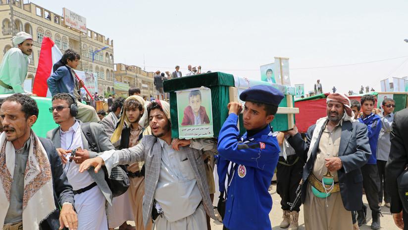 """Arabia Saudita admite que su bombardeo en Yemen que dejó 40 niños muertos fue un """"error"""""""