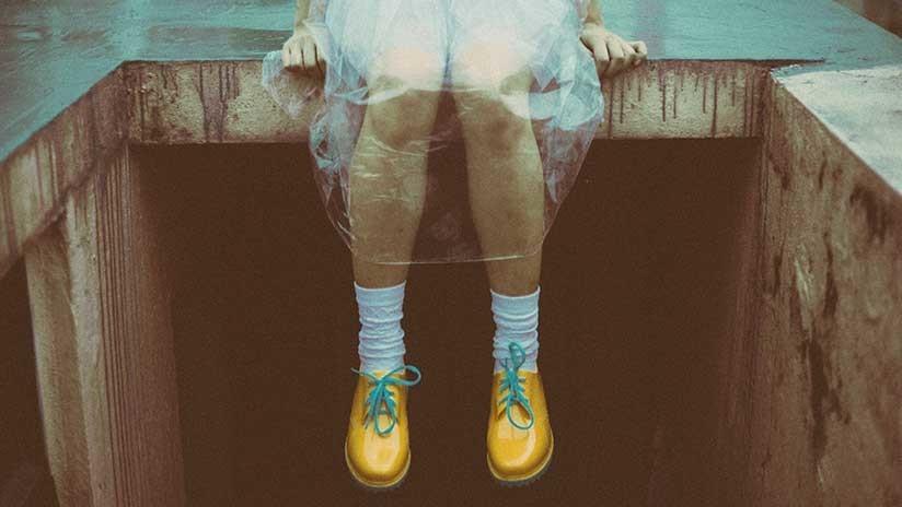 Una niña de 4 años contrae una infección mortífera tras probarse unos zapatos (FOTOS)