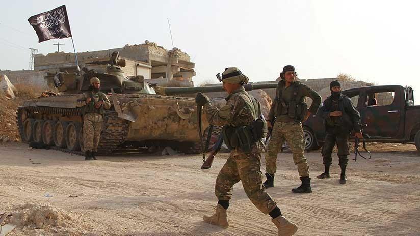 Rebeldes sirios que suministran ayuda: Cómo The New York Times describe a los afiliados de Al Qaeda