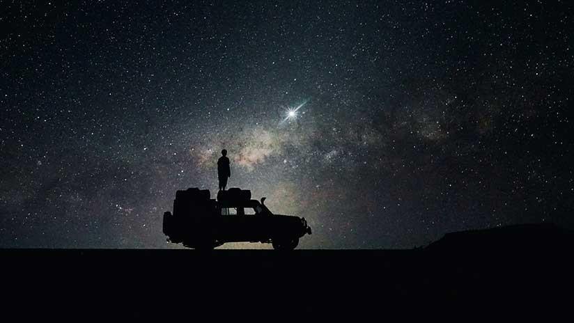 ¿Ovni, militares o simple reflejo?: Detectan un raro objeto sobre Carolina del Norte