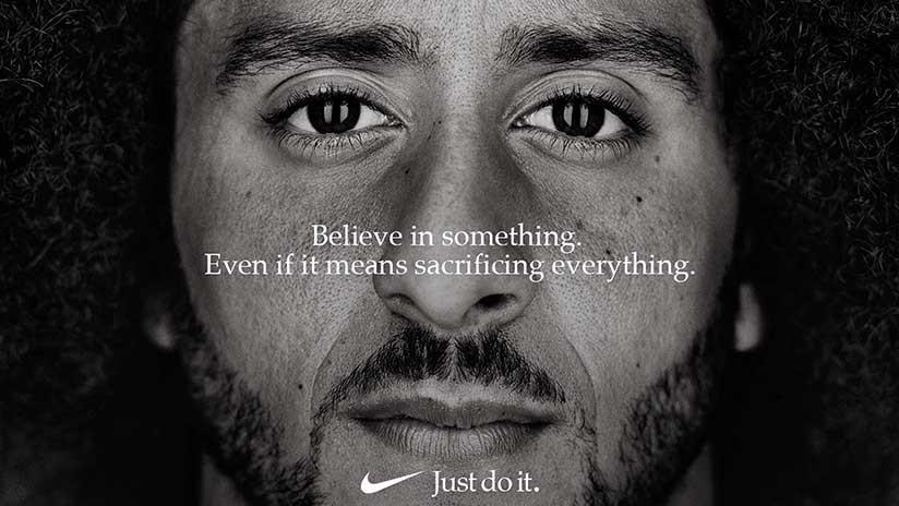 Estadounidenses queman zapatillas Nike, en protesta por su nueva campaña (FOTOS, VIDEOS)