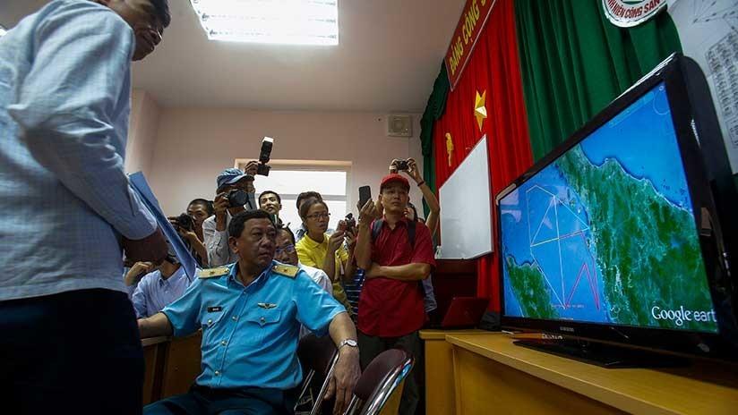 Experto chino refuta al británico que cree haber hallado el avión MH370 con Google Maps