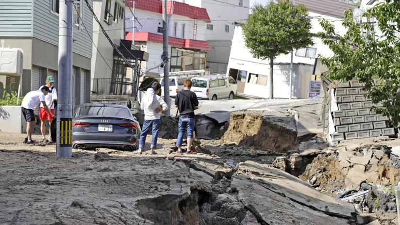 VIDEO: Derrumbes masivos de casas en Japón por dos terremotos