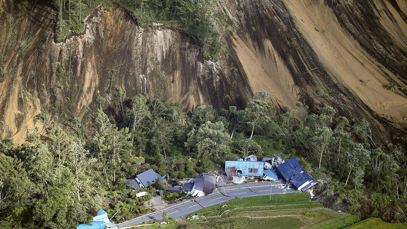 FOTOS: La isla japonesa de Hokkaido se despierta entre daños por una serie de fuertes terremotos