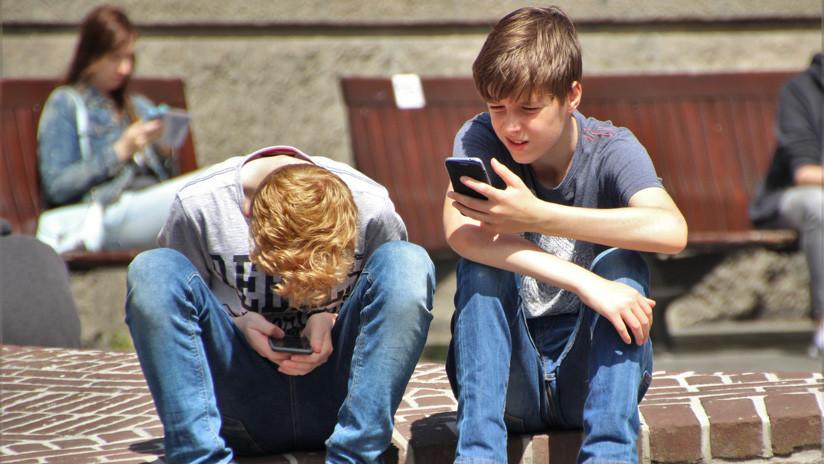 A contracorriente: Cada vez más jóvenes dejan las redes sociales y su motivo es este