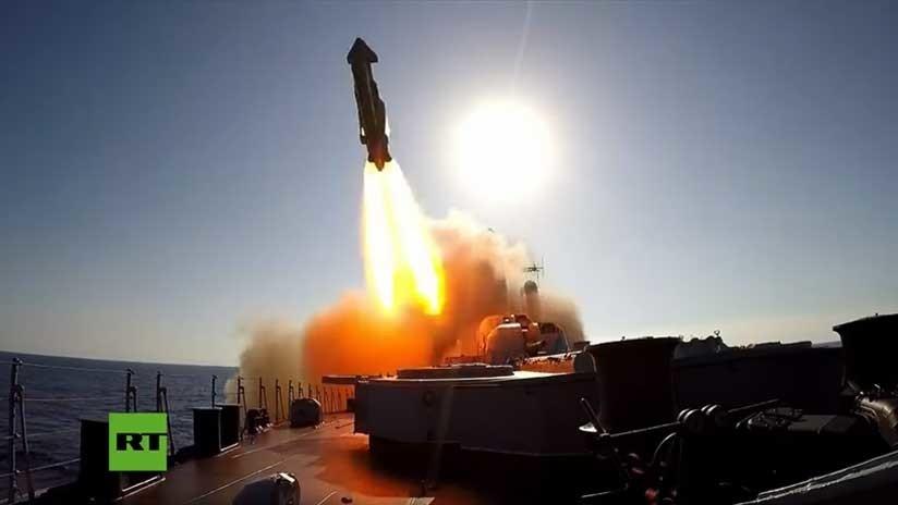VIDEO: Ejercicios conjuntos a gran escala de la Marina y la Fuerza Aérea rusa en el mar Mediterráneo