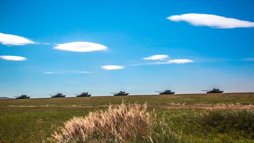 Por tierra, mar y aire: Rusia concentra tropas el primer día del simulacro militar Vostok 2018