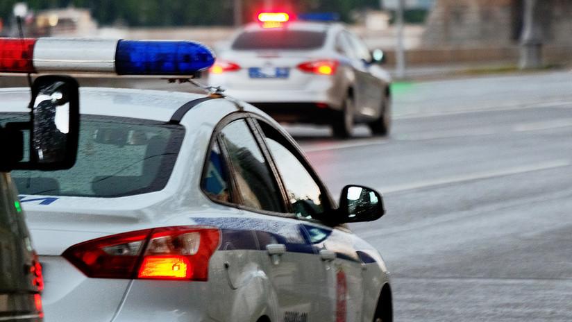 VIDEO: Se emborracha, sale a la autopista y protagoniza una loca persecución policial sin neumáticos