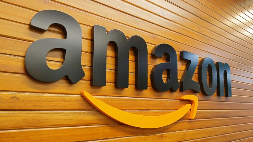 """FOTO: Amazon diseñó una jaula sobre ruedas para colocar a su personal y """"optimizar"""" su rendimiento"""