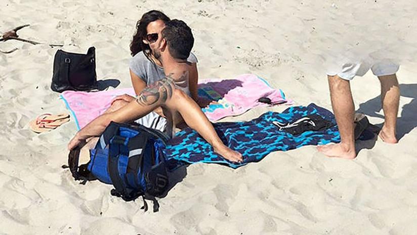 FOTO: Google Maps capta una rara foto de enamorados que 'comparten' sus cuerpos en una playa