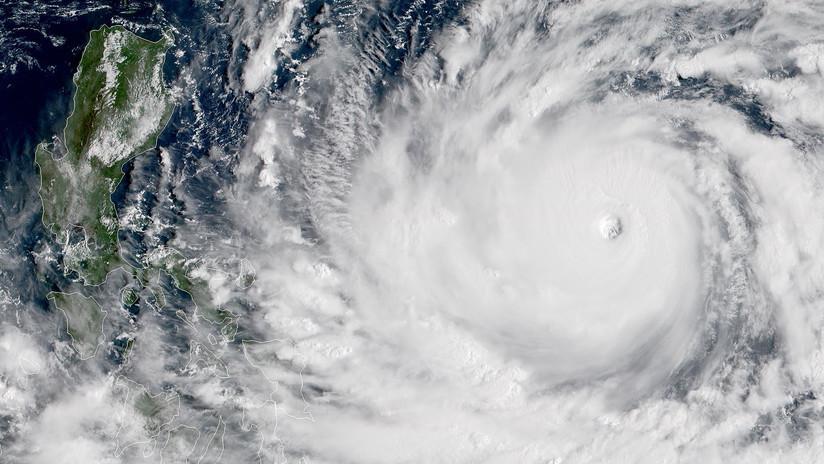 La vida de 10 millones de filipinos corre peligro por el tifón Mangkhut