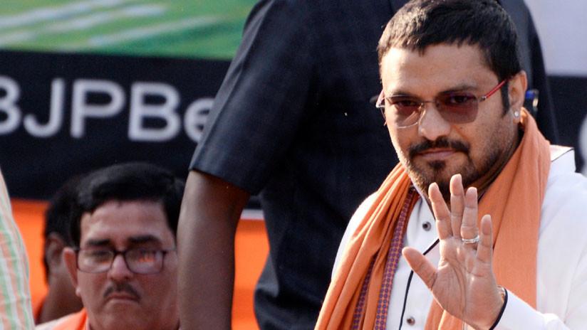 """""""Puedo romperte una pierna"""": Ministro indio causa indignación por una amenaza en público (VIDEO)"""