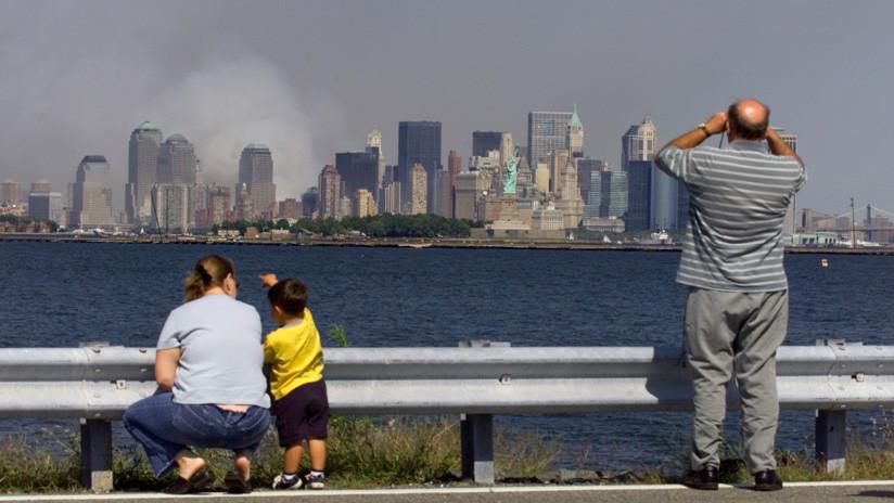 Protagonista de una icónica foto del 11-S contrata al mismo fotógrafo para su boda